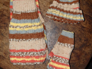 Yellow, Fawn and orange adults, Scarf, hat and fingerless glove set.